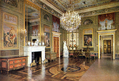 Interiors of the palace: General views Amber room | Berlin ...