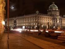 Unter den Linden bei Nacht