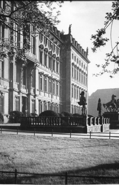 Eosanders Risalit, Lustgartenfassade